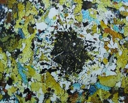 Granat-Pyroxen-Amphibolit
